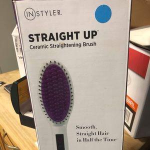 In styler ceramic hair straightener new in box